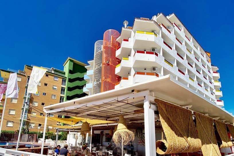 fachada-hotel-hey-1
