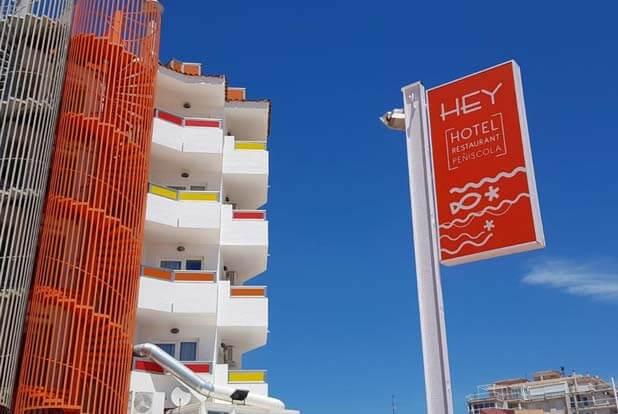 fachada-hotel-hey-4